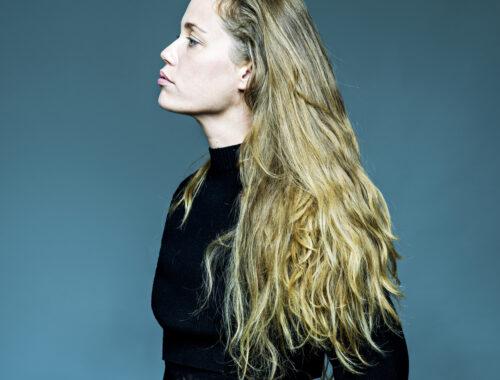 [Single Review] HUMO | Naima Joris – Soon